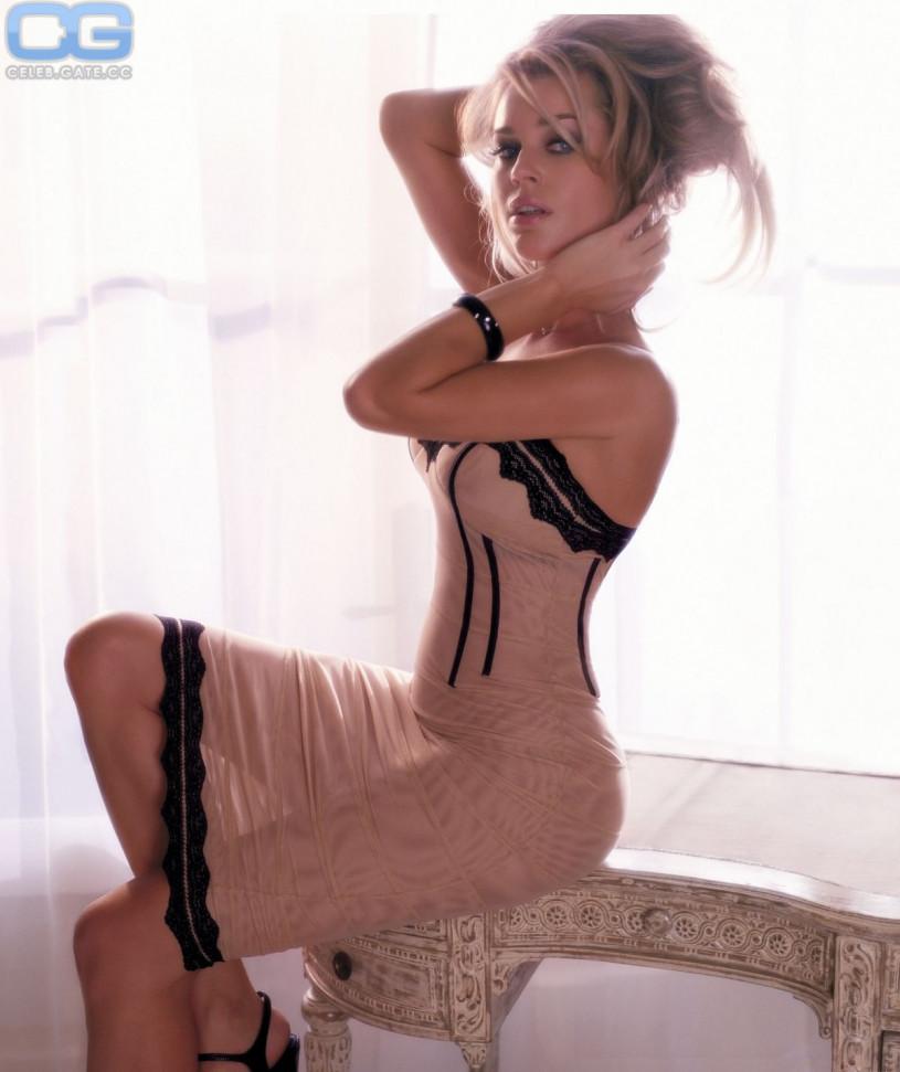 Images of hot nude sluts