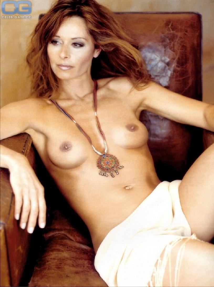 Nude Plate 121