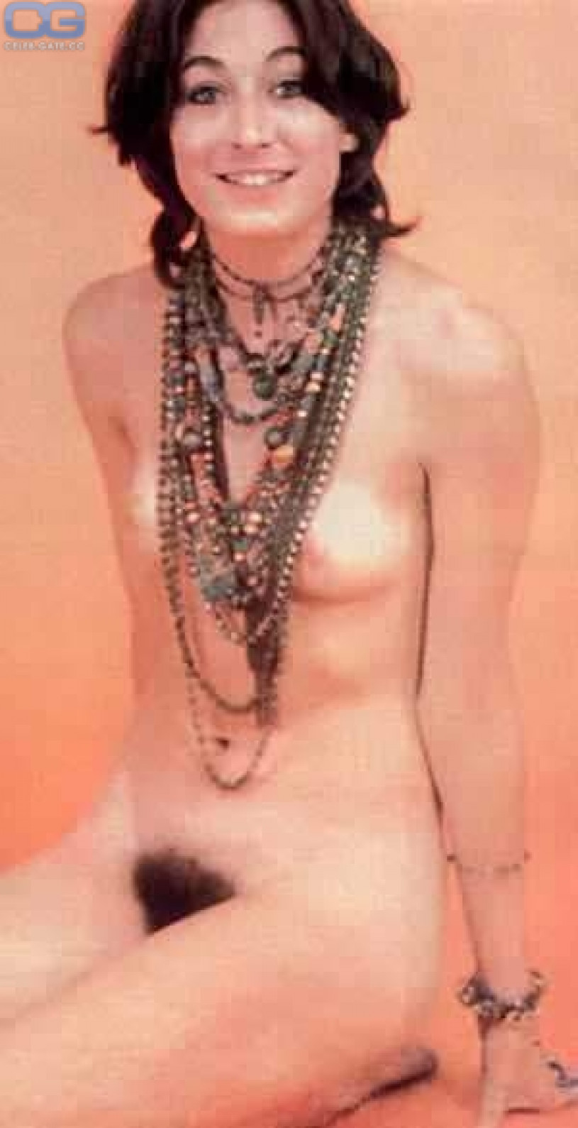 Does not Anjelica Huston nude safe answer