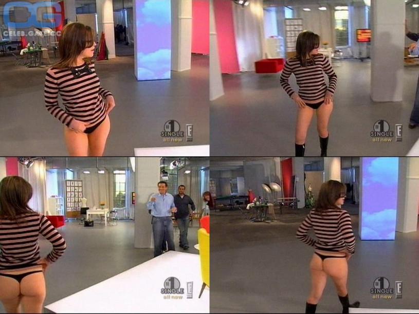 Tessa taylor jurassic cock