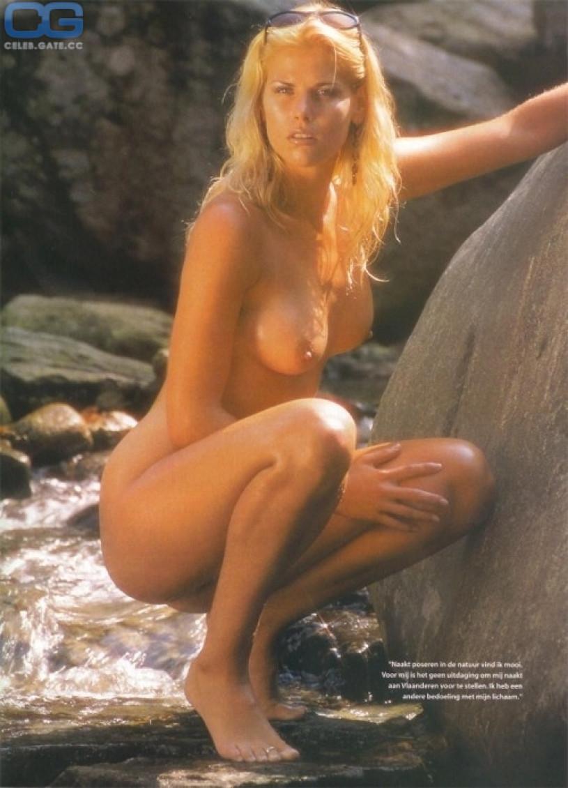 Gorgeous busty brunette nude models