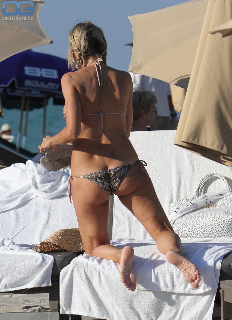 Rita rusic topless