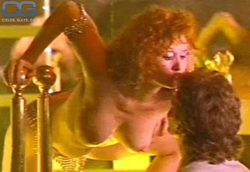 Sexy Pinay Nude