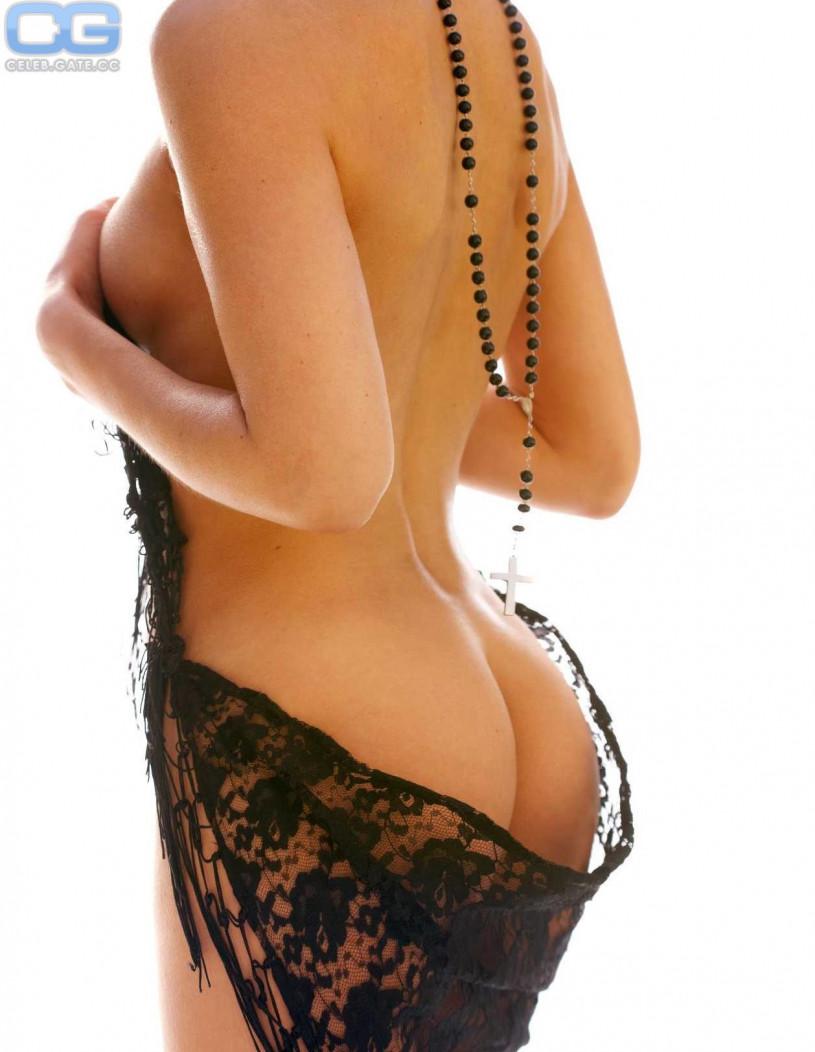 Isabell hertel und anna lena class nackt im playboy