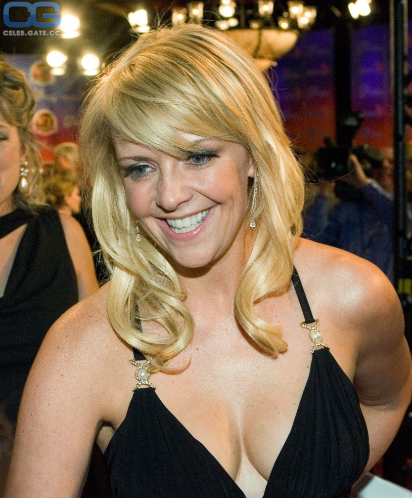 Amanda Taping Nude amanda tapping nude, pictures, photos, playboy, naked