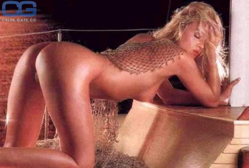 carrie westcott nude