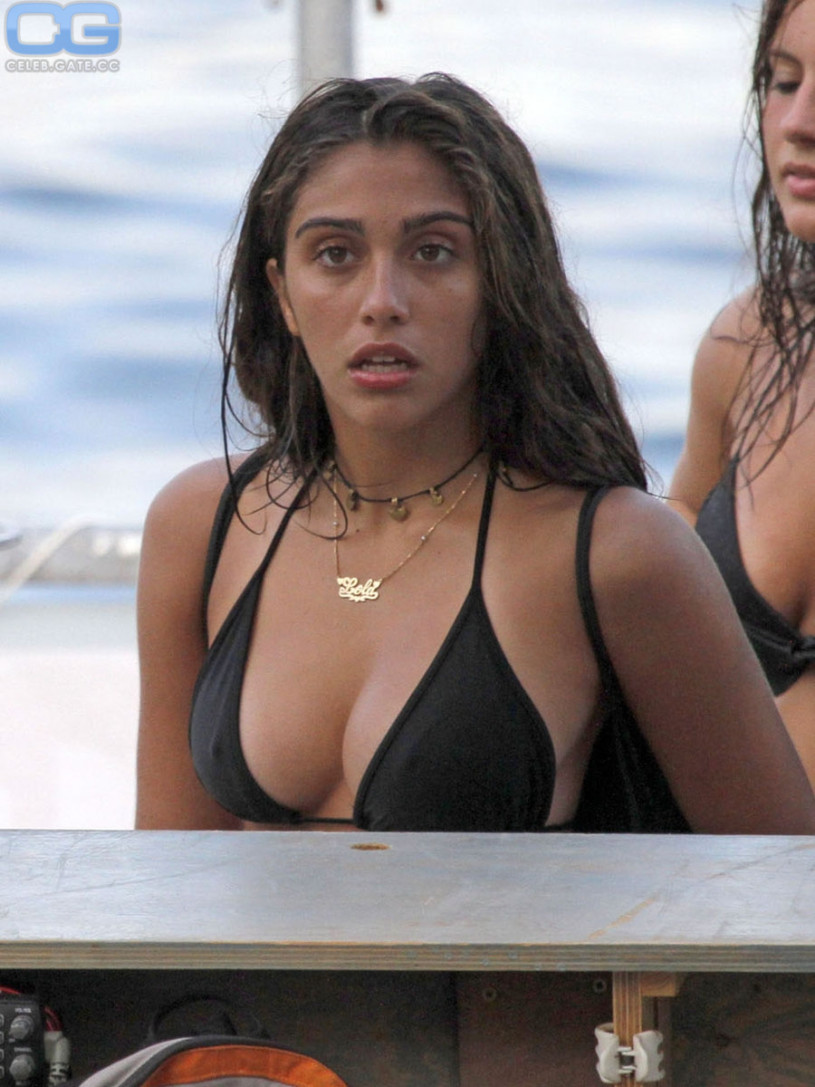 images CelebGate Lourdes Leon See Through - 7 Photos