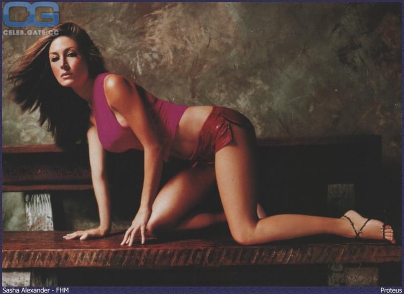 Sasha alexander naked photos 3
