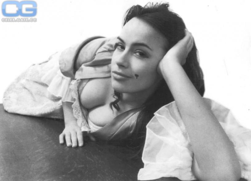 nude Sophie winkleman