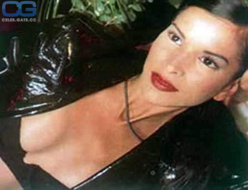 Patricia velasquez nackt