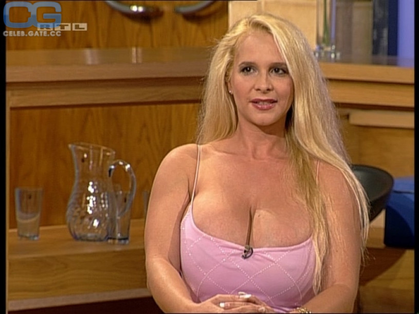 Tania Angel Nackt
