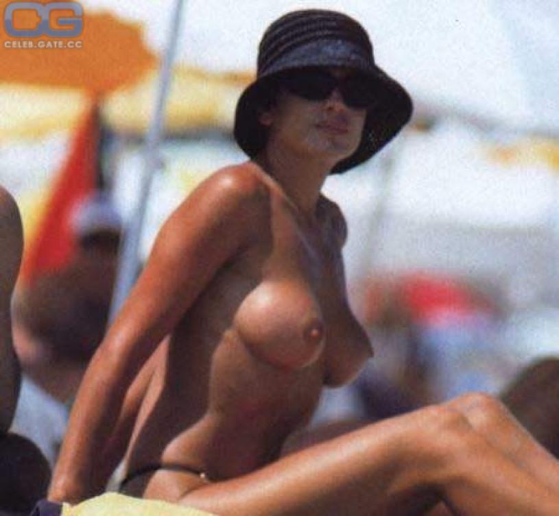 Daniela Cardone Nude Photo 117