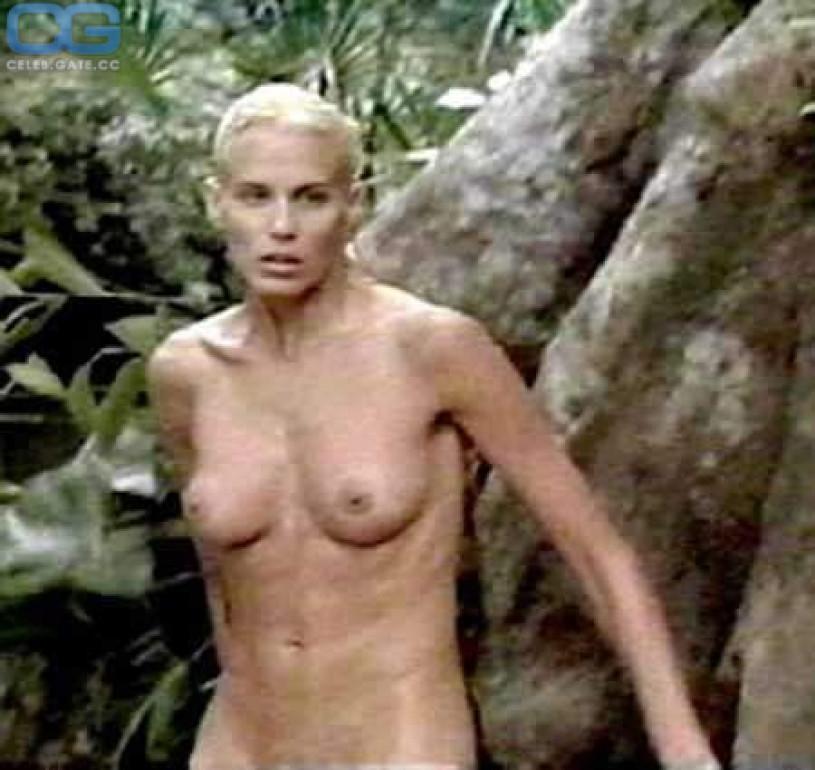 daryl hannah nude photos in playboy