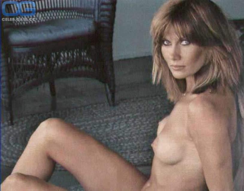 Nude hunter girls