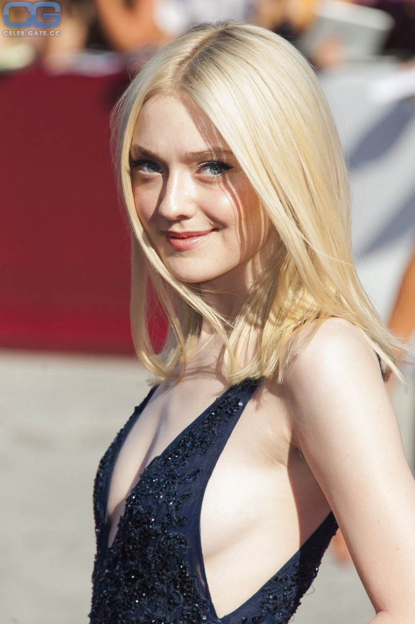 Amateur Tittyfuck Playboy Pics Of Dakota Fanning