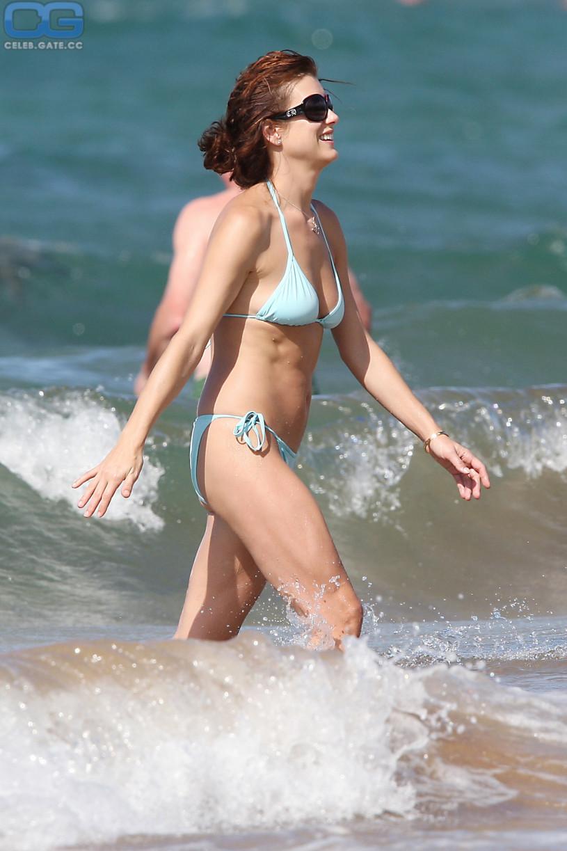 Jessica biel naked clips