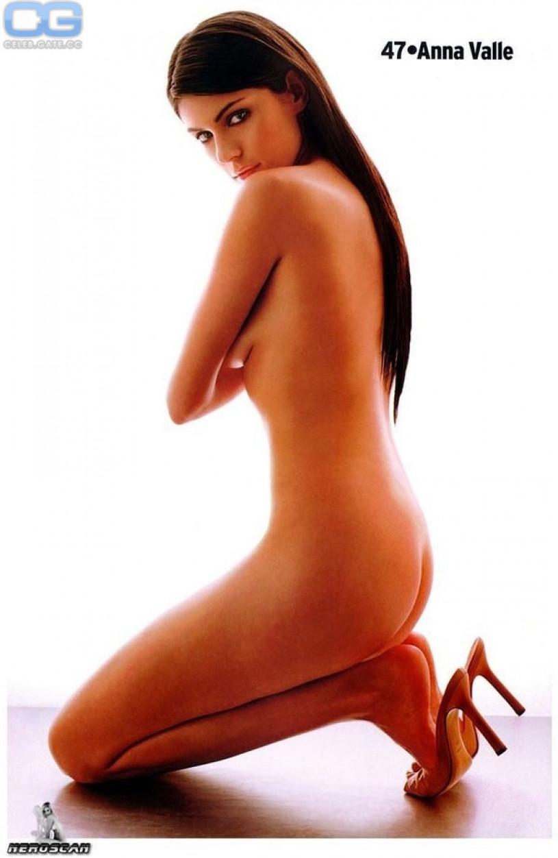 anna valle nude naked