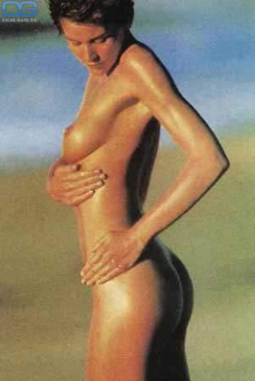 carey lowell topless