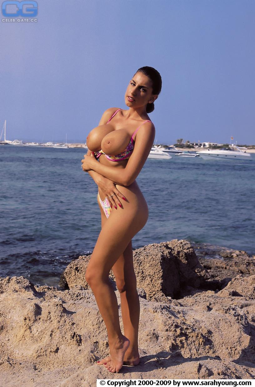 Sarah jane varley naked