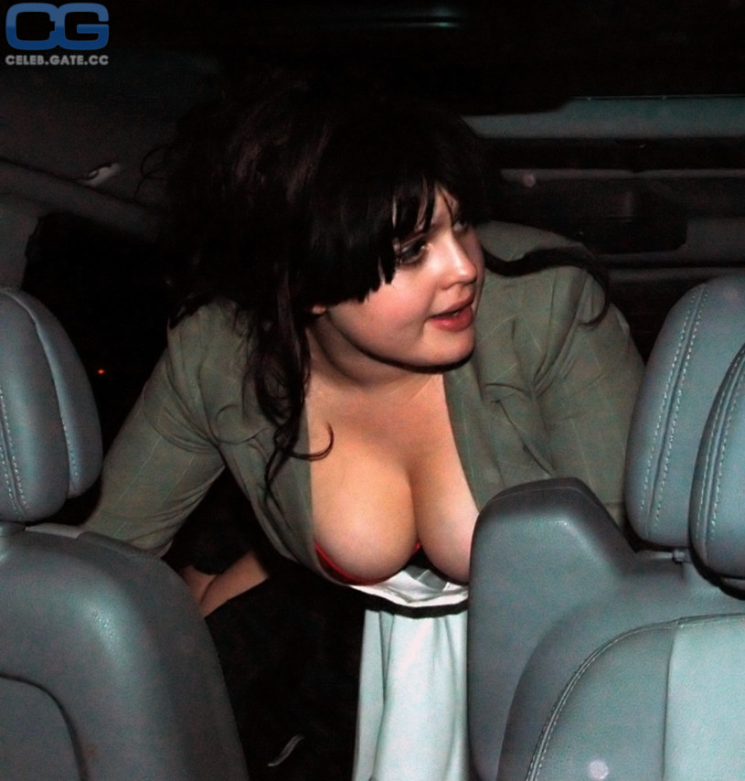 Kelly osbourne nude pictures