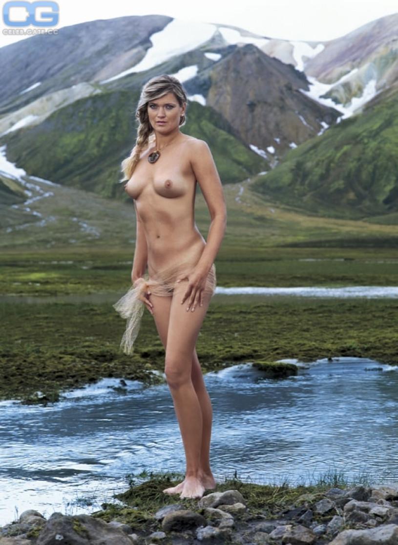 Walk Around Nude