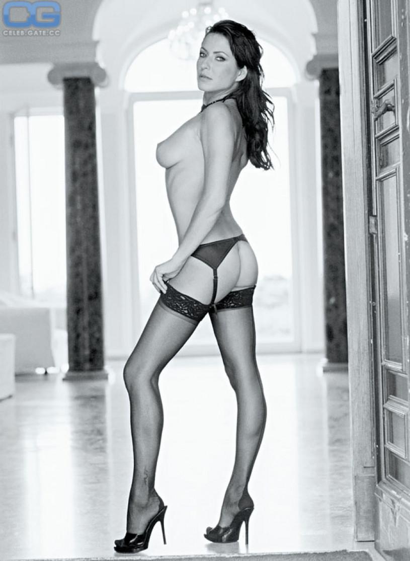 Selena gomez nude bing