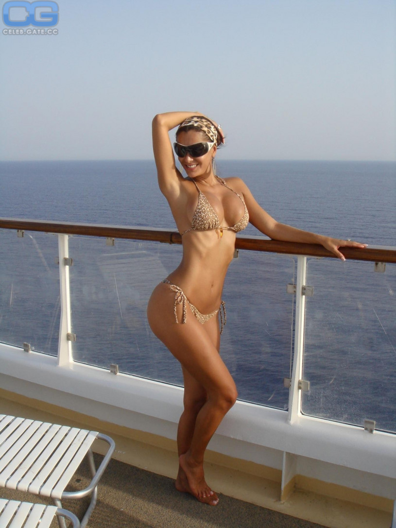 Ninel Conde Nude Pictures 84