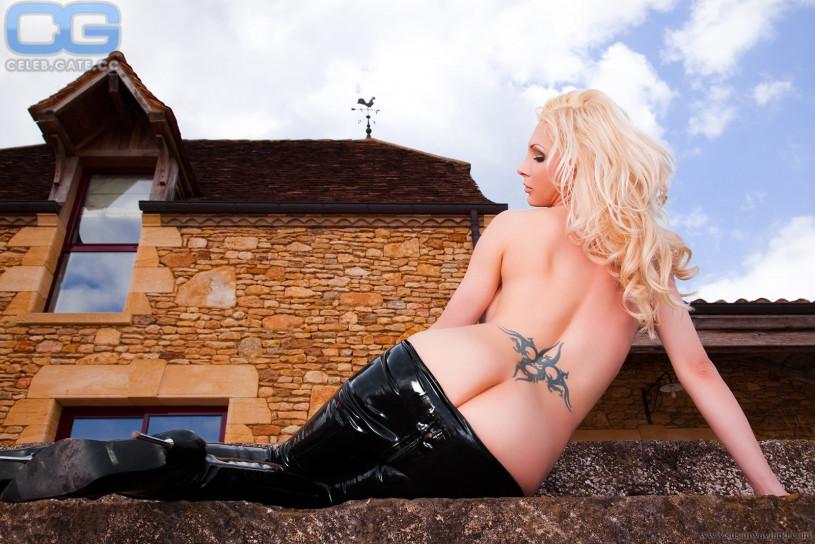 Susan wayland fetish - 2 Bilder - xHamstercom