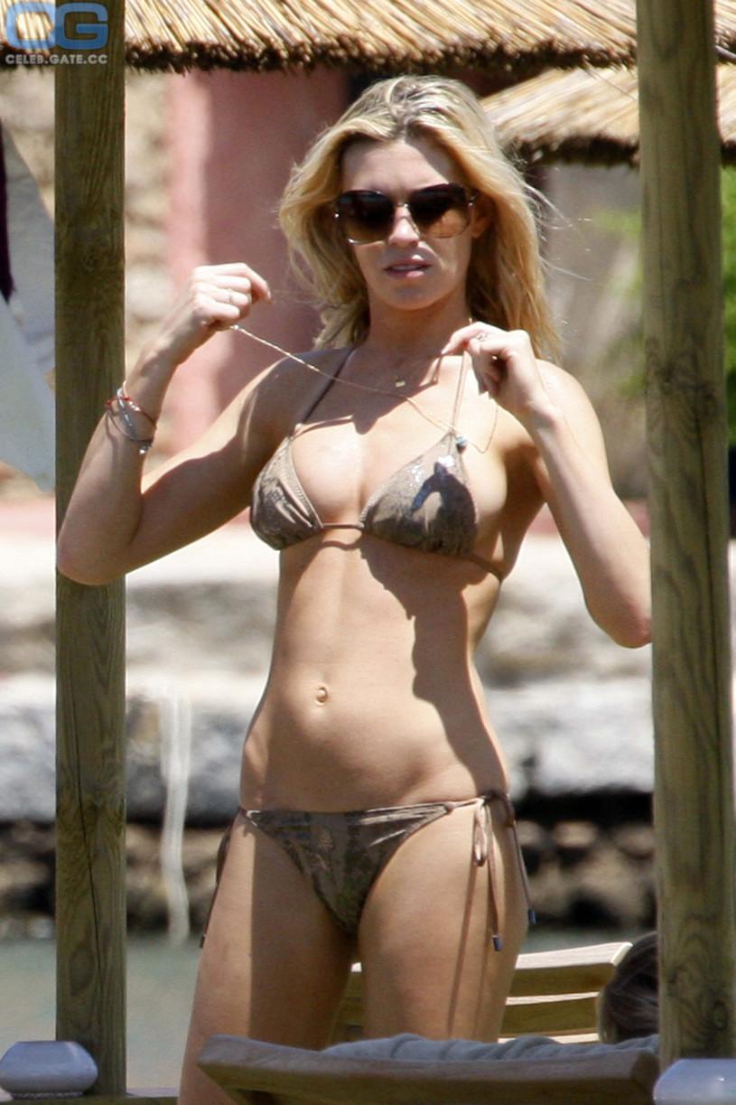 naked (42 photos), Sideboobs Celebrity image
