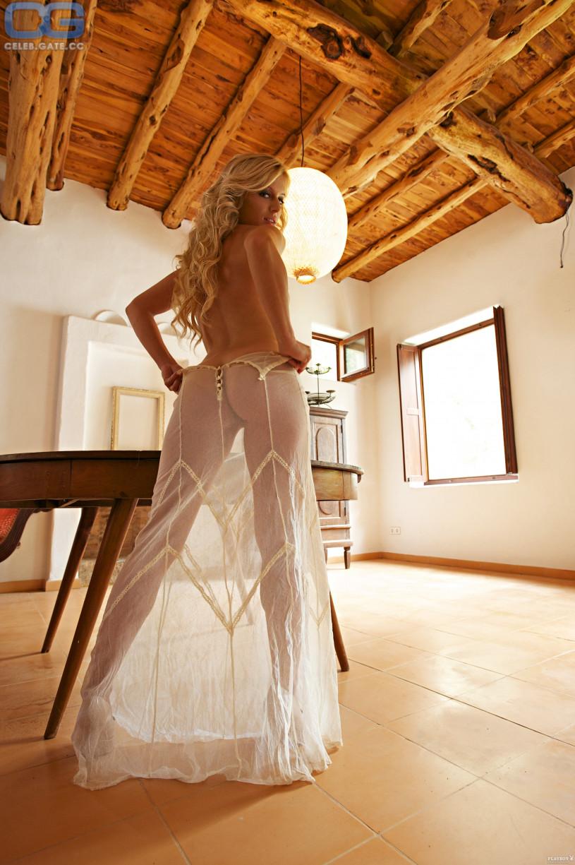 Juliette Menke Naked
