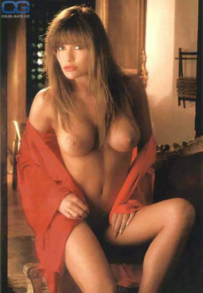 barbara bach nude