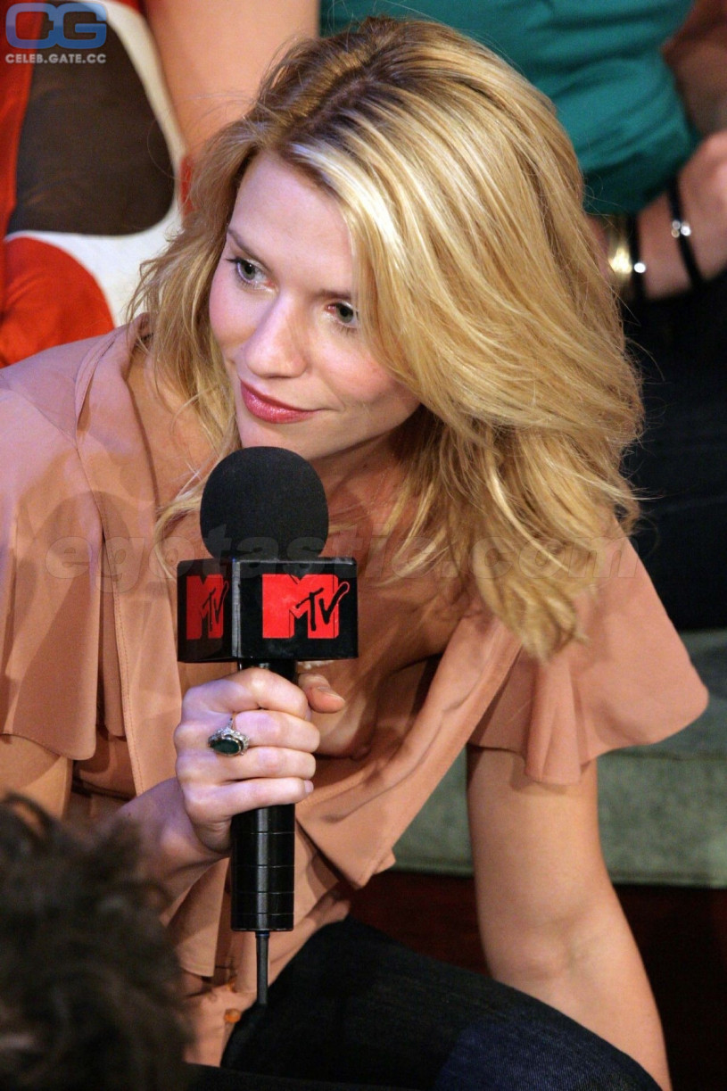 Always enjoying claire danes nackt with 3000