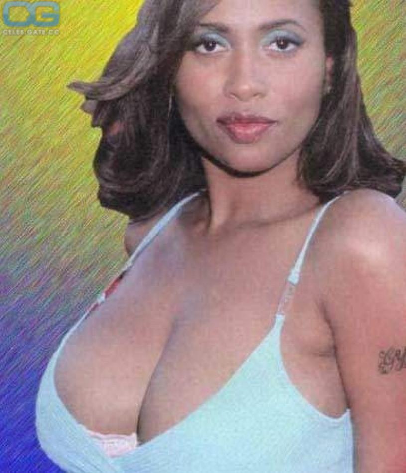 lisa nicole carson big tits