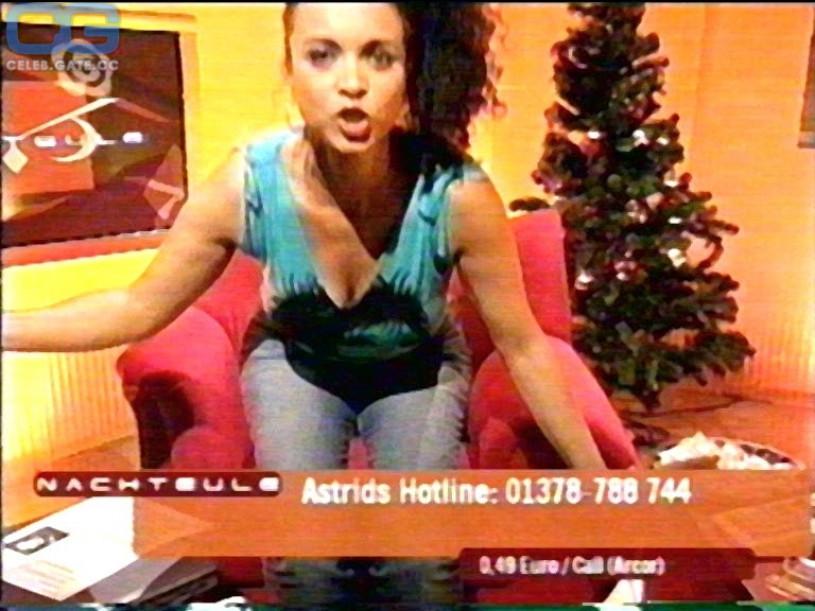 Astrid Van Der Staaij Nude 82