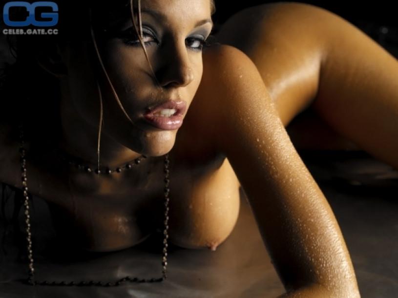 stripper bergen triana iglesias nude pics