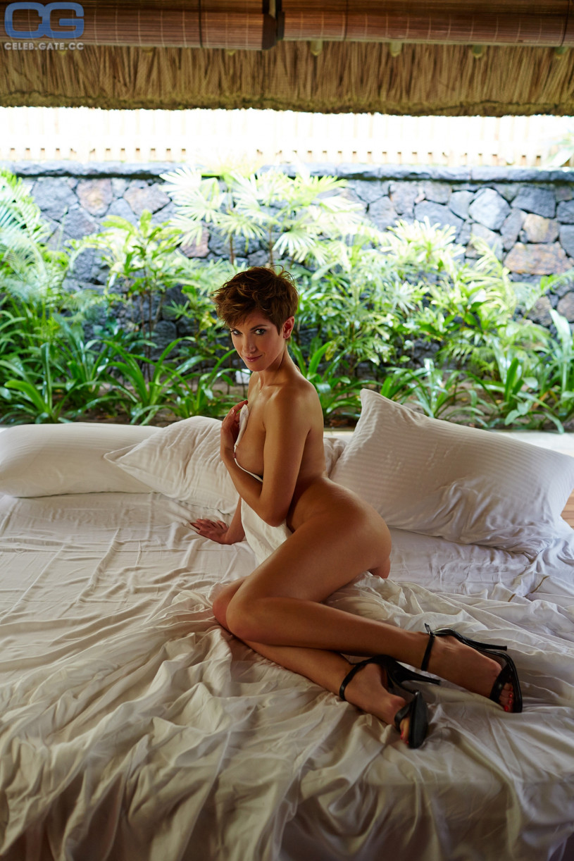 Pics playboy isabell horn Top 15
