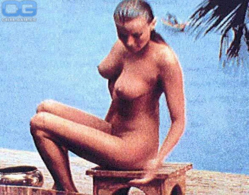 Naked pictures of bo derek
