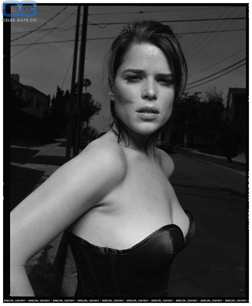Neve Campbell Nacktbilder