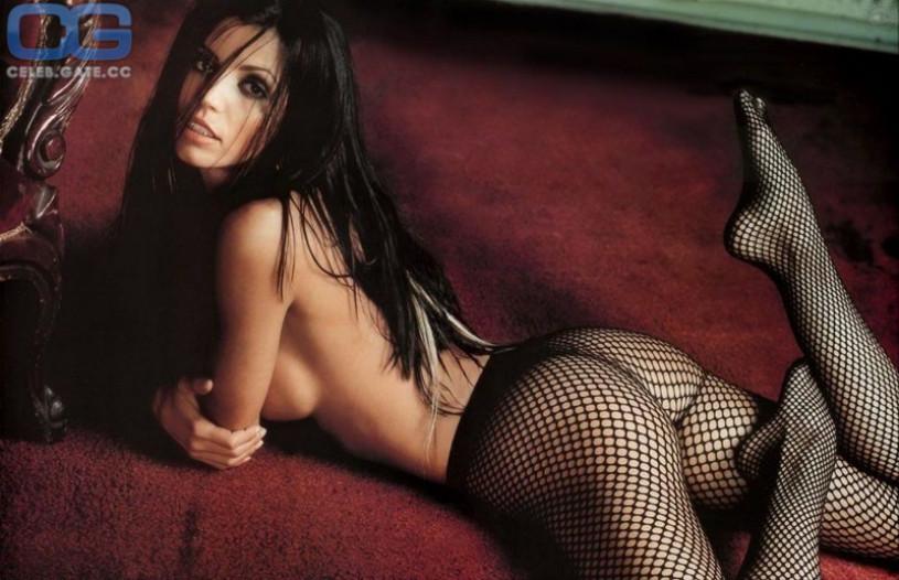 Nude beautiful women pierced