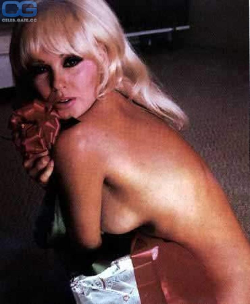Mamie van doren nude photos