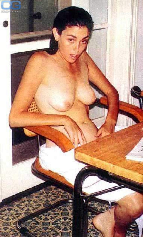 sexy janelle ginestra nackt