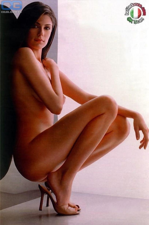 sexy mom big boobs nude