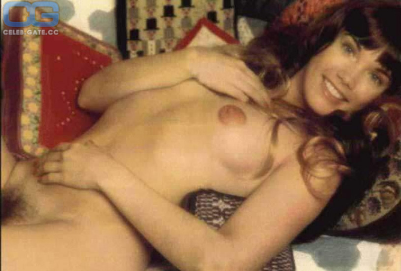 young actresses naked