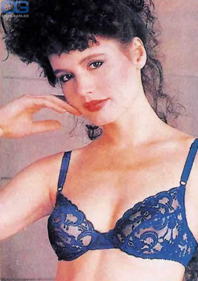 Hot naked pictures of geena davis