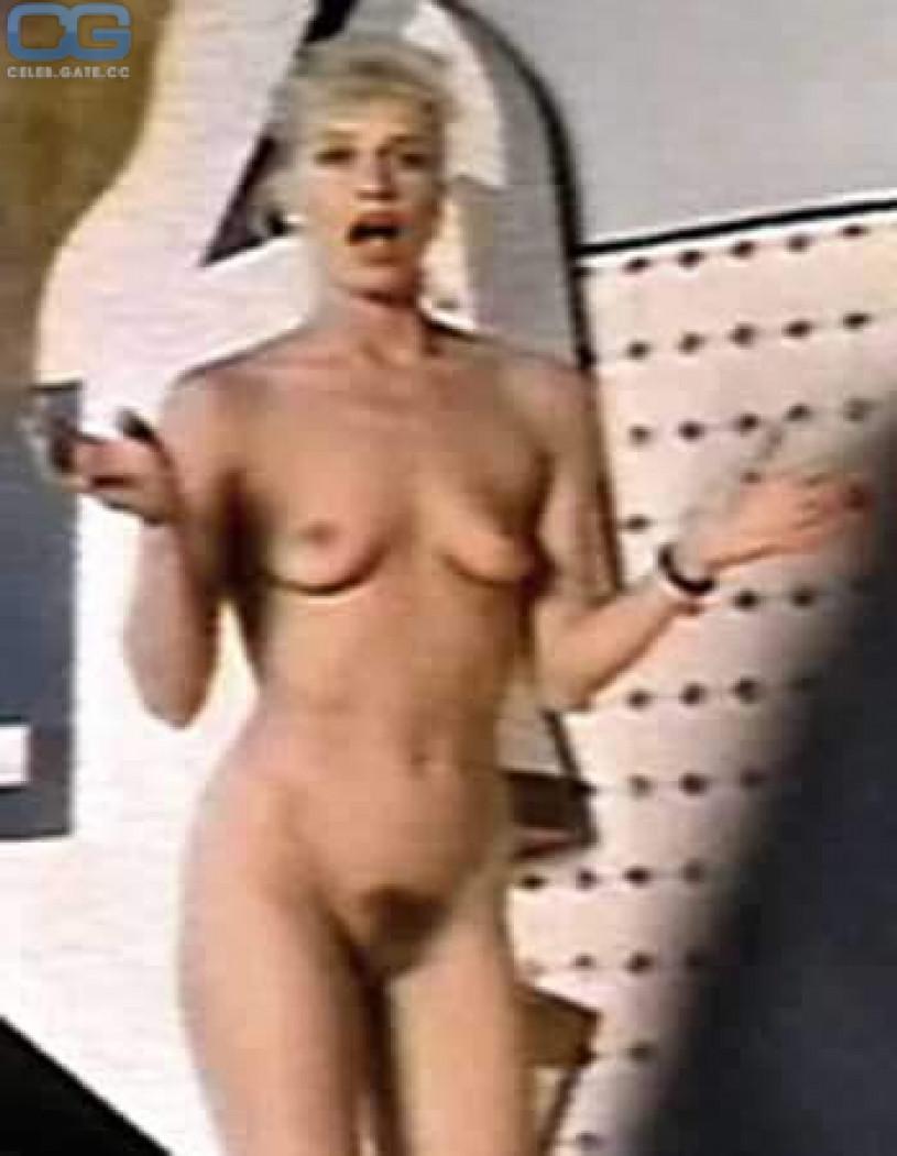 lohan fakes Lindsay naked pussy