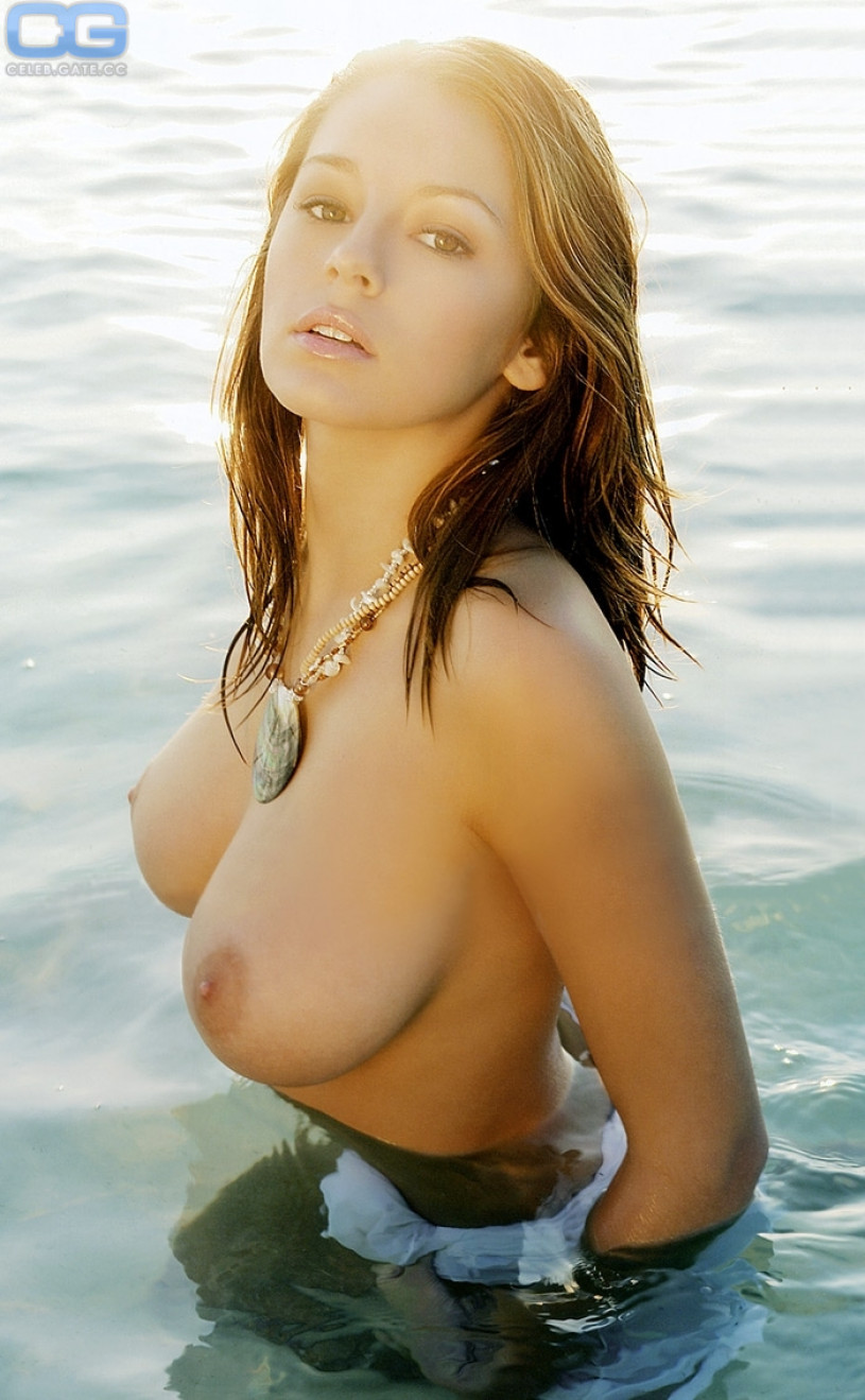 topless Keeley hazell
