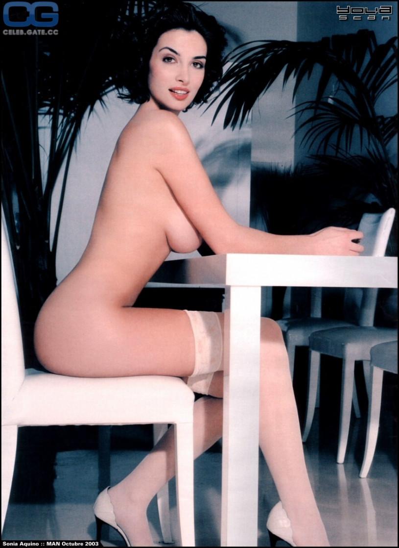 nude Sonia aquino