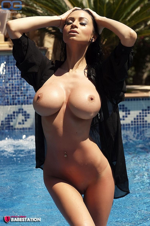 Nude pics of roma