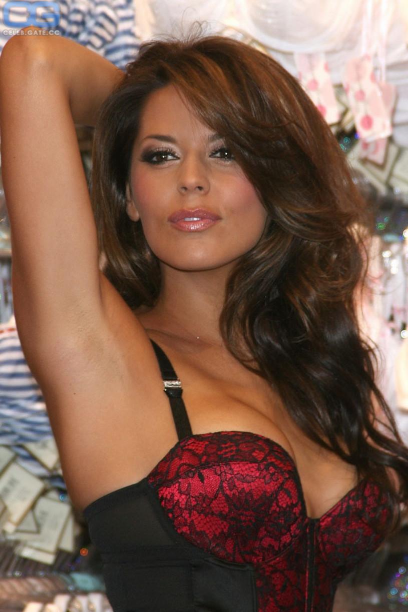 Danielle bux naked pics -