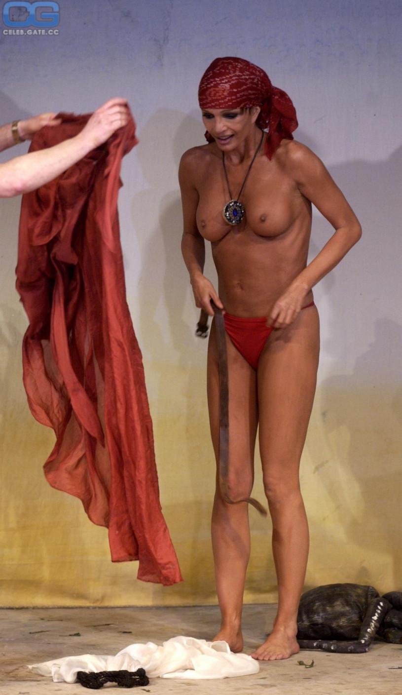 anuschka renzi nackt